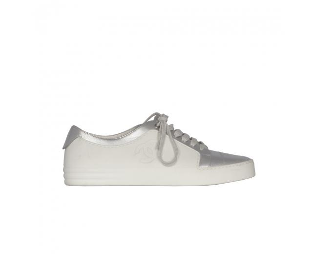 Chanel Sneakers Piel Blancas y Plata 39