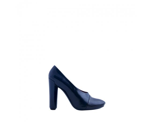 LV Zapatos Bicolor 38.5