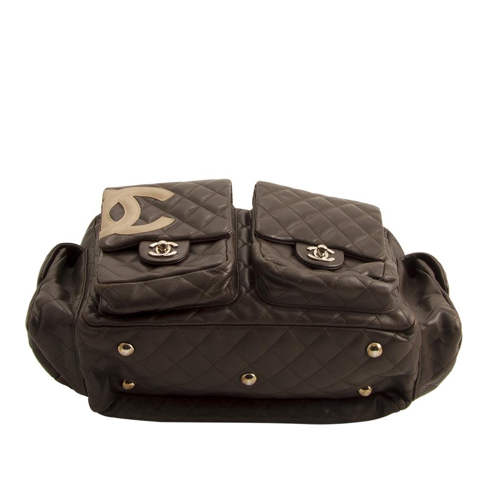Chanel monedero de cuero negro acolchado cc vintage