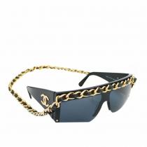 Chanel Gafas Negras con Cadena