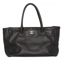 Chanel Bolso Cerf Tote Negro