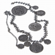 Chanel Cinturón Coco Medallones